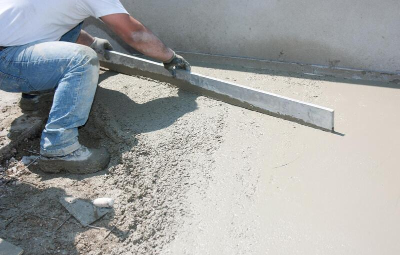 concrete contractor during work
